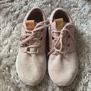Light pink new balance sneakers